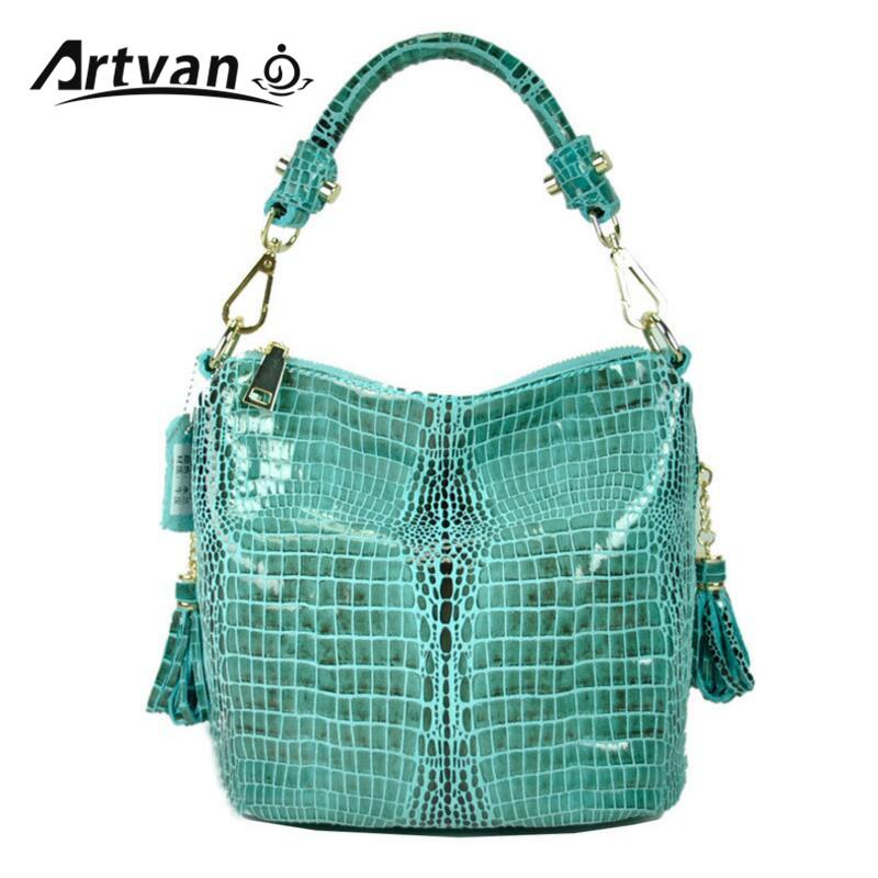 110332c66dfb 2018 Small Messenger Bags For Ladies Fashion Crocodile Grain Women S Purse  100% Genuine Leather Cross Body Handbags Bolsa XT15 Messenger Bags For Men  Hobo ...