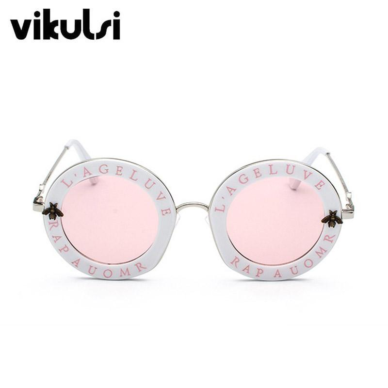 f52e35fbc7 Compre 2018 Nueva Moda Retro Cartas Redondas Gafas De Sol Marco  Transparente Tinte Lente Gafas De Sol Tendencia Círculo Gafas De Sol Mujer  UV400 A $16.73 ...