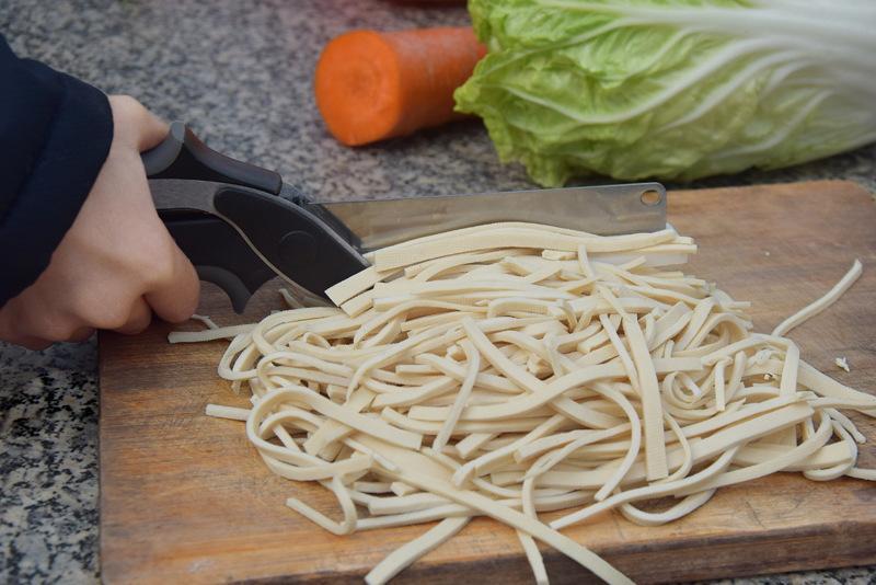 2 in 1 주방 영리한 가위 커터 나이프 커팅 보드 스마트 액세서리 식품 치즈 고기 스테인레스 스틸 야채 커터 도구 홈
