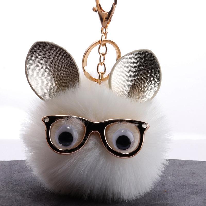 edf0dde1c2a28 Compre Coruja Bonito Dos Desenhos Animados Faux Fur Bola Chaveiro Mulheres  Óculos Animal Pompom Chaveiro Pingente Anel Chave Saco Titular Jóias  Presente ...