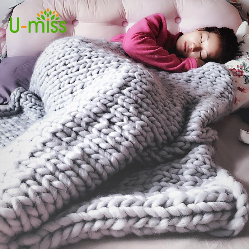 Wholesale U Miss Fashion Hand Chunky Wool Knitted Blanket Thick Yarn