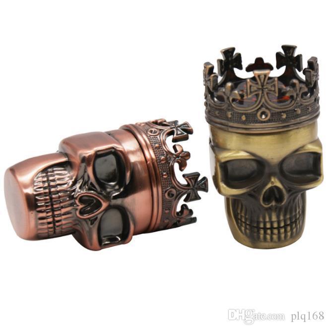 Schädel- geformter Plastikrauchgrinder, drei Metallrauchgrinder, manueller Rauchschneider.