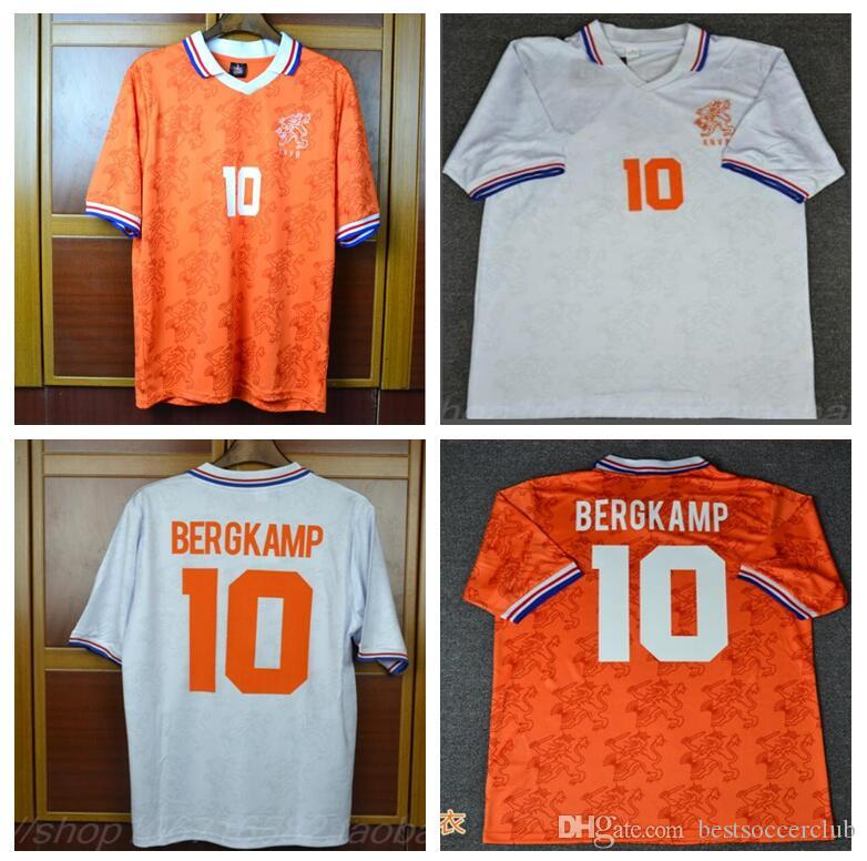 13bda0e32 Compre 94 Retro Soccer Jersey Holanda Bergkamp 1994 1996 Shorts Camisas De  Futebol Voetbal Holland Seedorf Uniformes De Laranja De Bestsoccerclub