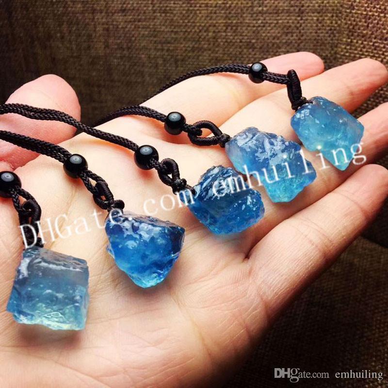 e8f46bf6075e Collar de cristal de aguamarina crudo natural irregular de tamaño aleatorio  áspero azul helado de aguamarina collar colgante de piedras preciosas Collar  de ...