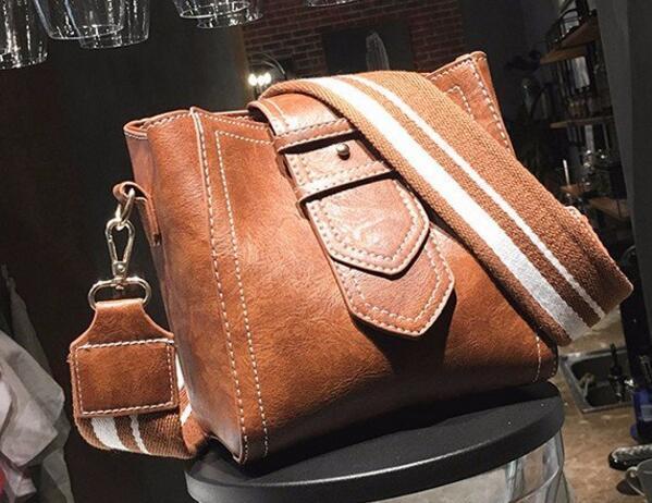 c96eb5dd9 Bags For Women 2018 Bolsas Feminina Carteras Y Bolsos De Mujer Shoulder  Crossbody Casual Purses And Handbags NB0063 Black Handbag Purses Wholesale  From ...
