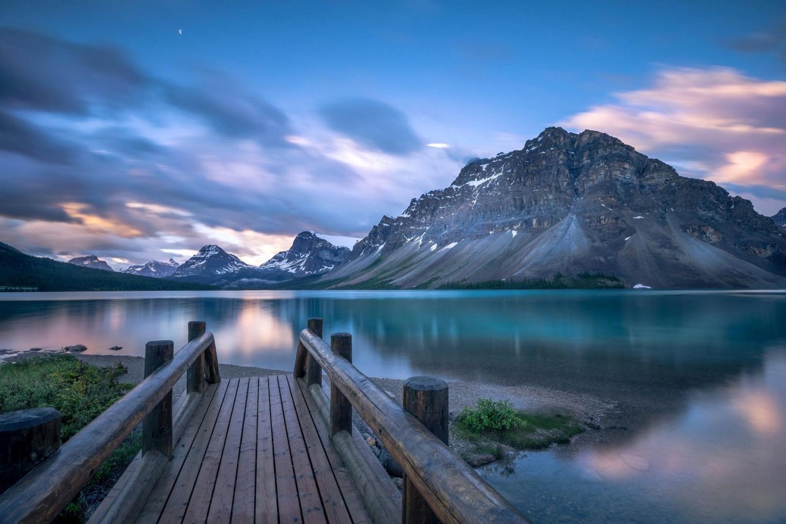 2019 Canada Bow Lake Beautiful Nature Scenic Living Room