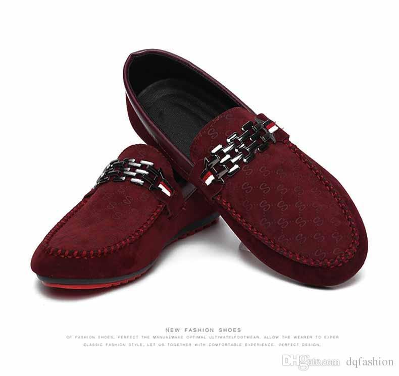 Red Bottoms Mocassini Scarpe da uomo nere Slip On Scarpe basse da uomo il tempo libero Moda maschile traspirante Spedizione gratuita