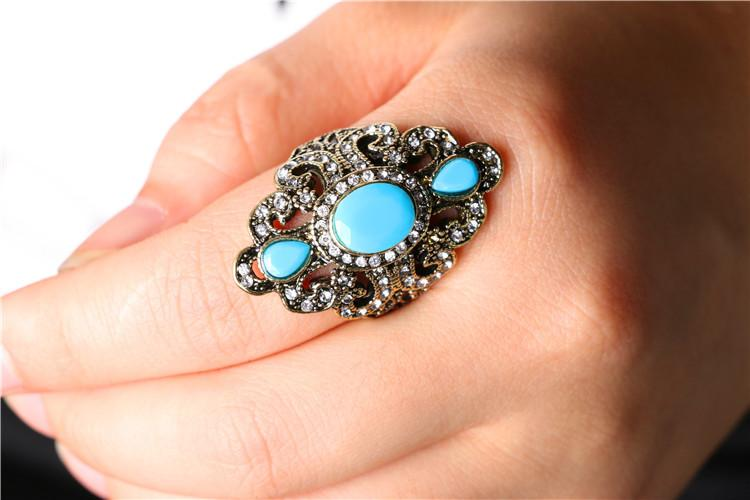 2018 wholesale 2018 bohemian style antique gold rings for ladies vintage jewelry black red resin stone turkish ring female ethnic women rings from