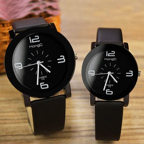 8d2dcf42207 Compre Yazole 2017 Casal Relógios Top Marca Famosa Mulheres Homens Amantes  Assista Feminino Masculino Relógio De Quartzo Relógio Para Os Amantes 1 Par    2 ...