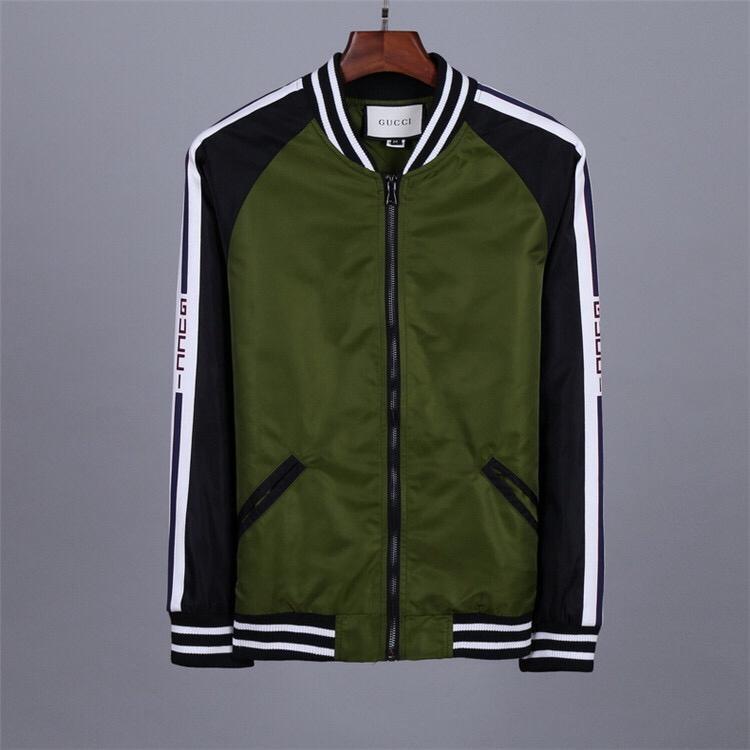 7b20049c5553 Nos produits sont conçus par des designers de haut niveau, t-shirts, pulls,  vestes, manteaux, sacs, sacs à main de haute qualité, fabricants en gros,  ...