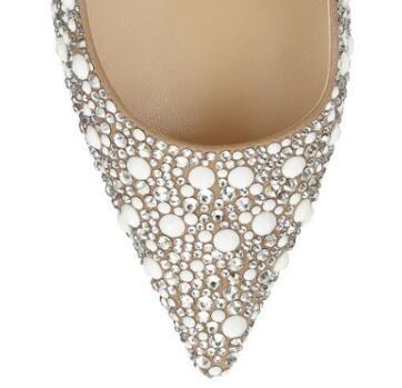2018 Décolleté con punta a punta beige Décolleté con tacco a punta donna Scarpe da sposa nuziali di cristallo con borchie Scarpe da donna con tacco alto da donna