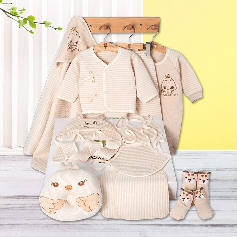 Free shipping Thick newborn baby gift set,Infant Clothing Set Baby boys girls High Quality clothing for the newborns wear