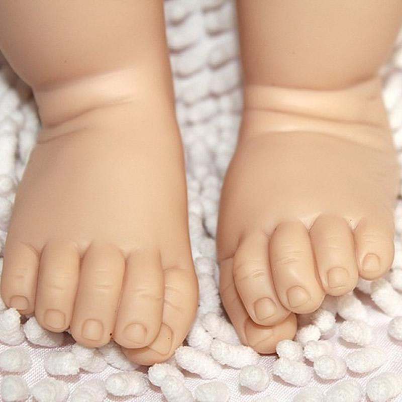 Lifelike Silicone Vinyl 28 Inch Reborn Baby Doll Kits Fashion Head 3/4 Arms And Legs Realistic Dolls Parts Doll Accessories