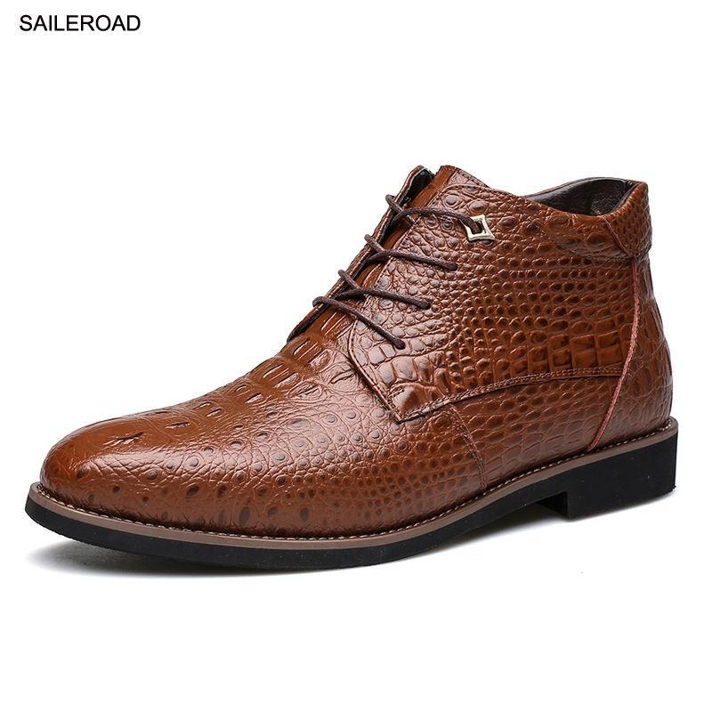 b514de12d Compre SAILEROAD Hombres Zapatos De Piel De Cocodrilo Botas De Cuero Para  Hombres Botas De Moto De Invierno Cálido 100% Tobillo De Cuero Real A   49.22 Del ...