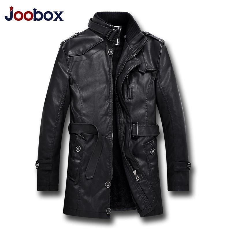 a4b7a5913fb35 Satın Al JOOBOX Marka 2018 Moda Sonbahar Kış Deri Ceket Erkekler Sıcak Kalın  Faux Deri PU Coats Yüksek Kaliteli Yün Astar Giyim, $146.19   DHgate.Com'da