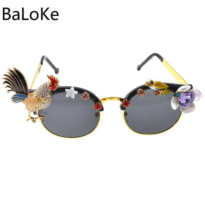 Compre Handmade De Alta Qualidade Barroco Retro Óculos De Sol Da Forma Das  Mulheres Olho De Gato De Ouro Frango Óculos De Sol Para Presentes Do  Partido De ... 0b006d8886