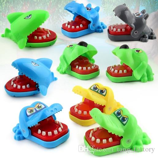 Hot Sell Creative Practical Jokes Mouth Tooth Alligator Hand Children's Toys Family Games Classic Biting Hand Crocodile Game