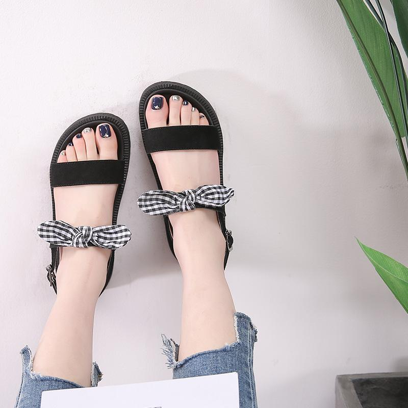 9dcad6575 Summer 2018 New Flat Bow Student Shoes Thick Fashion Joker Gladiator Sandals  Comfortable Ladies Footwear Fashion Shoes From Panzhidong