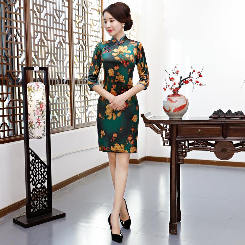 d36dc3ed09266d Großhandel Samtkleid Cheongsam QiPao Der Weinlese Chinesischen Frauen  Langes Abendkleid M 4XL Freies Verschiffen Von Trousseau, $59.95 Auf  De.Dhgate.