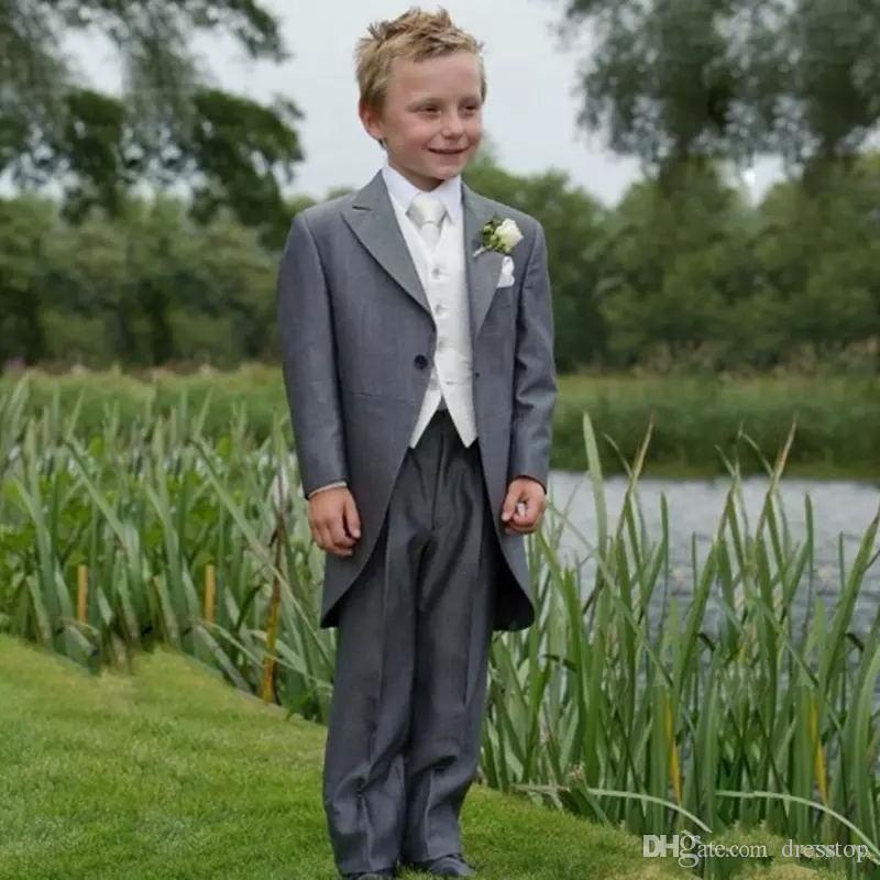 Lindo Gary Kids Suits para Wedding Party Boy Prom Suits School Celebrity Day Wear Conjuntos de trajes formales Jacket + Pants + Vest + Tie
