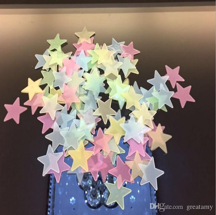 heiße art 100 teile / satz kunststoff wandaufkleber leuchtenden sterne leuchten in der blau / rot / gelb / grün 3 cm raum aufkleber wanddekor