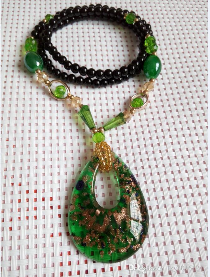 Collier pendentif en forme de coeur avec livraison gratuite D1