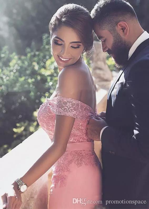 Elegante Spitze Sweep Zug Prom Kleider Rosa Sexy weg von der Schulter Meerjungfrau Abendkleider Wasser Cocktail Formale Partei Kleid Billig