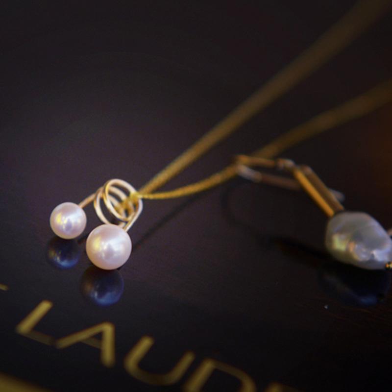 e598e6dcad35 2018 Nuevo Diseño Original Caliente Collar Colgante Doble Perla 14 k bolsa  Tendencia de Oro Accesorios Femeninos Joyería de Moda Moderna
