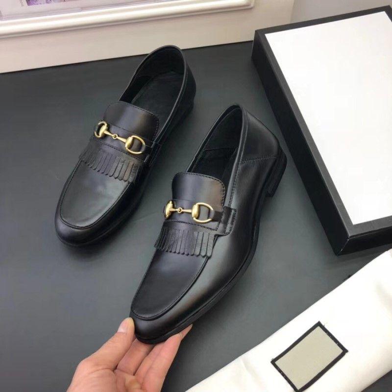 2018 Luxury Mens Mocassini Scarpe in pelle Abito da sposa Casual Passeggiate Scarpe da lavoro Made in Italy Tops Shoes Size38-44
