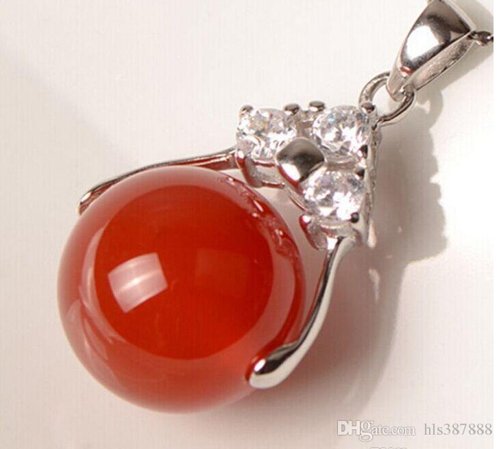 Großhandel Tibet Silber Grün Rot Jade Malay Jade Anhänger Halskette