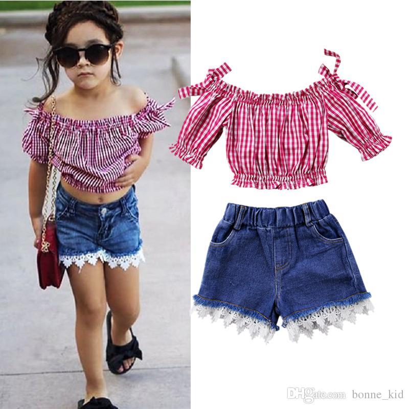 827815a1d7 Acquista Bambini Neonate Rosso Plaid Off Spalla Top Shorts Jeans 2 Pezzi  Set Abiti Abiti Pizzo Abbigliamento Bambini Trendy Dress Fashion Baby  Boutique A ...