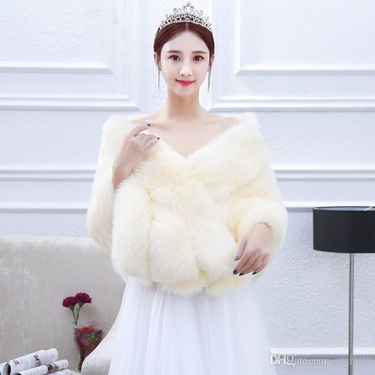 JaneVini Champagne Wedding Shrugs Faux Fur Bridal Shawl Boleros Wedding Wrap Capes Jacket for Evening Party Dresses Bolero Mariage 2018
