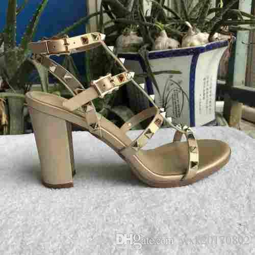 rebites sandálias novas 2018 novos das mulheres europeias com 9,5 cm sandálias rebites de moda 6 cores Tamanhos 35-41