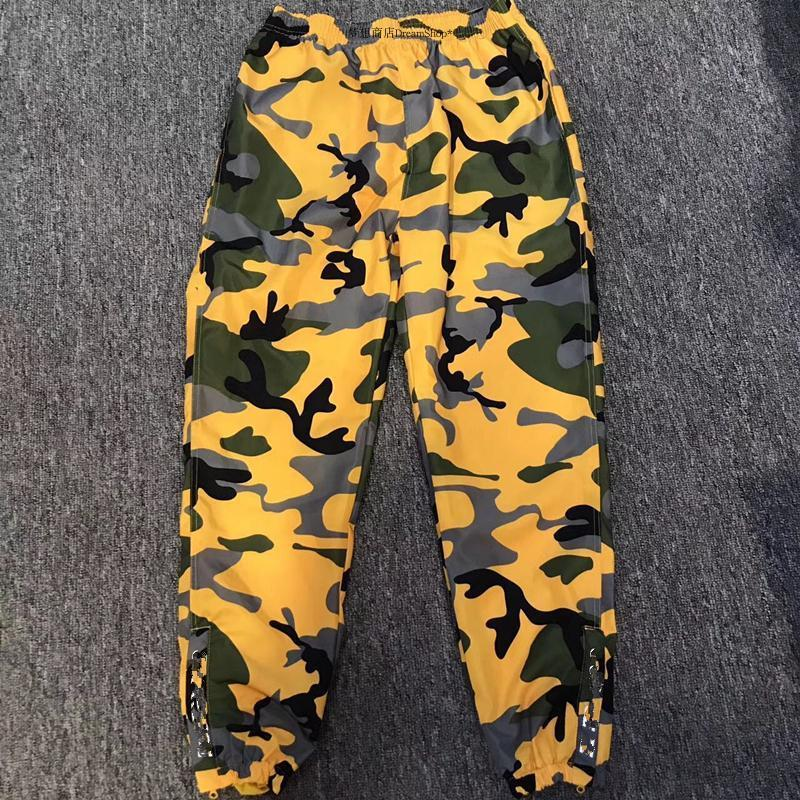 18ss S P Fashion Pants Customized Warm Up Pant Men And Women Motion Yellow  Camouflage Trousers High Quality Pants HFWPKZ038 UK 2019 From Fear store 471d9d2c5d