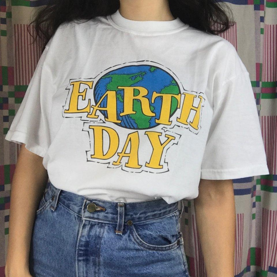 1bceb5764081 Hahayule Summer Fashion Earth Day 90s Aesthetic Women T Shirt Tumblr  Fashion Street Style Tee Cute Summer Tops Hipsters Cheap T Shirt Design  Your T Shirt ...