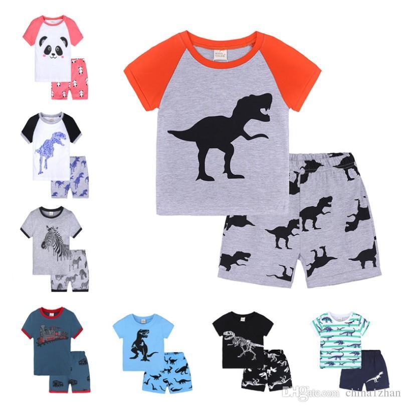 cf6b49ad6 Los niños pijamas establece el coche del dinosaurio camisa impresa  pantalones cortos 2 piezas establece niños ropa de dormir trajes bebé niña  ropa ...