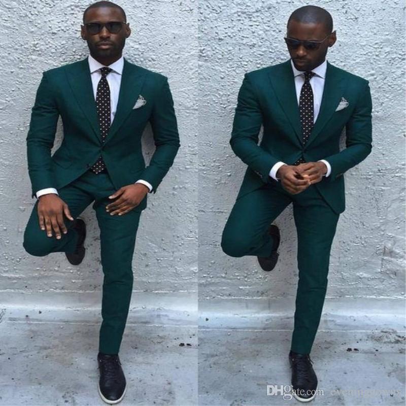b104cf578ad2f3 Dark Green Slim Men Suits 2018 Handsome Mens Wedding Suits Groomsmen Groom  Tuxedos Party Prom Business Suits (Jacket+Pants+Tie)