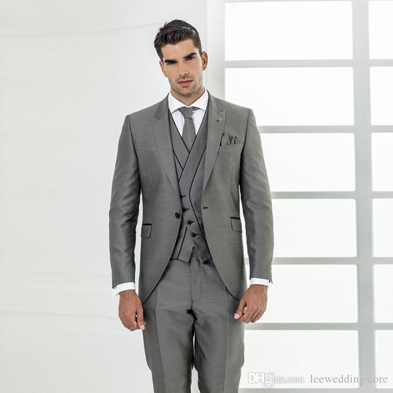 66d708fbe5788 2018 Men Suits Gray Business Wedding Suits Evening Dress Bridegroom Custom  Made Slim Fit Formal Tuxedos Groom Prom Best Man 3Piece Blazer