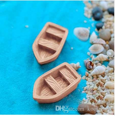 2PC/Set new resin craft Retro wood boat model Figure Toys Micro Landscape DIY Craft Fairy Garden Miniatures
