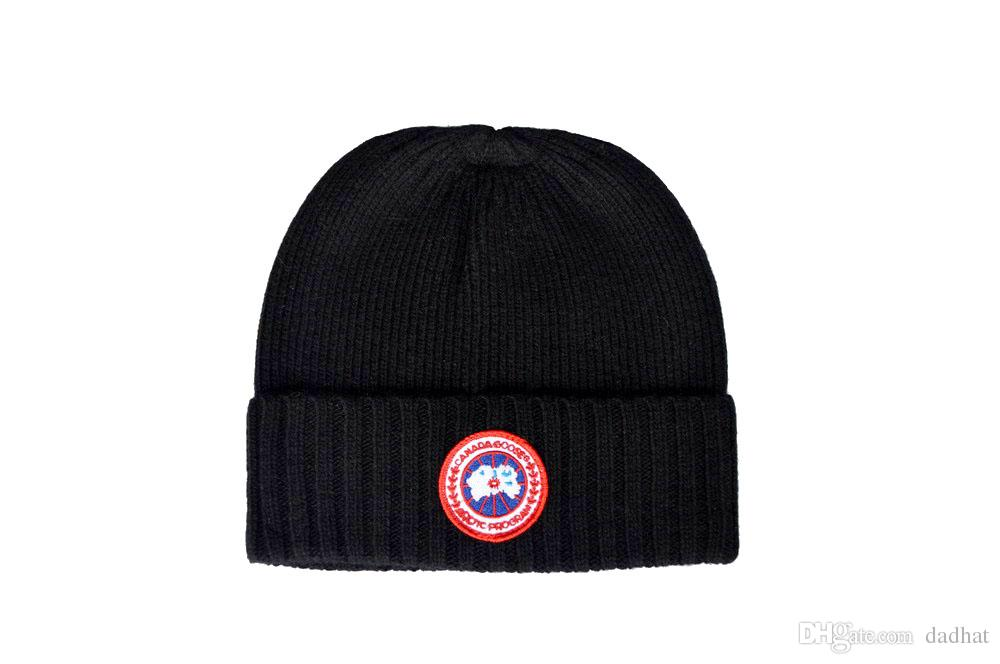 c17603af869 2018 Mens Designer Hats Bonnet Winter Beanie Knitted Wool Hat Plus ...