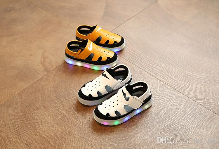 Men's Shoes Shoes Boy Girls Shoes2019 Light Shoes Led Luminous Shoes Usb Charging Colorful Light Board Shoes Modern Design