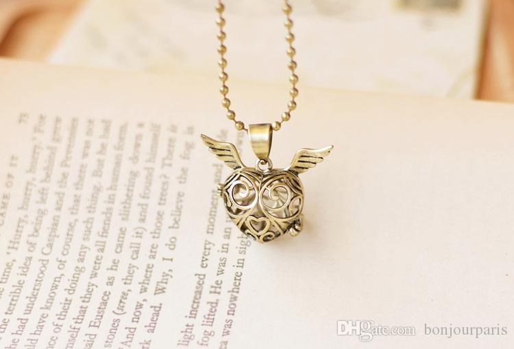 Bronze Angel Wings Heart Locket Pendant Aroma Diffuser Necklace Pendants 70cm Long Bronzed Beads Chain Locket Necklace Love Gift for Her H02
