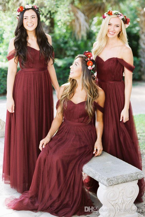 2019 Borgogna Abiti da damigella d'onore Country Style Off spalla Beach Wedding Party Guest Abiti Maid of Honor Dress Cheap Tulle Long