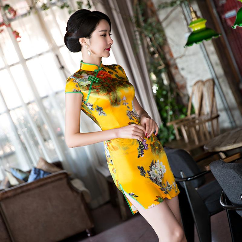 c67a6d3e8 2019 2018 Chinese Traditional Evening Silk Cloth Dresses Women Formal Satin  Cheongsam Wedding Party Qipao Dress Vintage Vestido S 2XL From Wulana, ...
