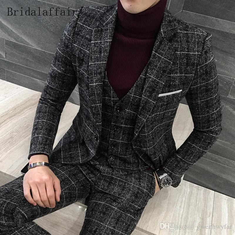 Gwenhwyfar 2018 Traje de boda para hombre de moda Set 3 piezas British Navy Blue Plaid Trajes para hombre Tweed Male Tuxedo Casual Blazer chaqueta + pantalones + chaleco