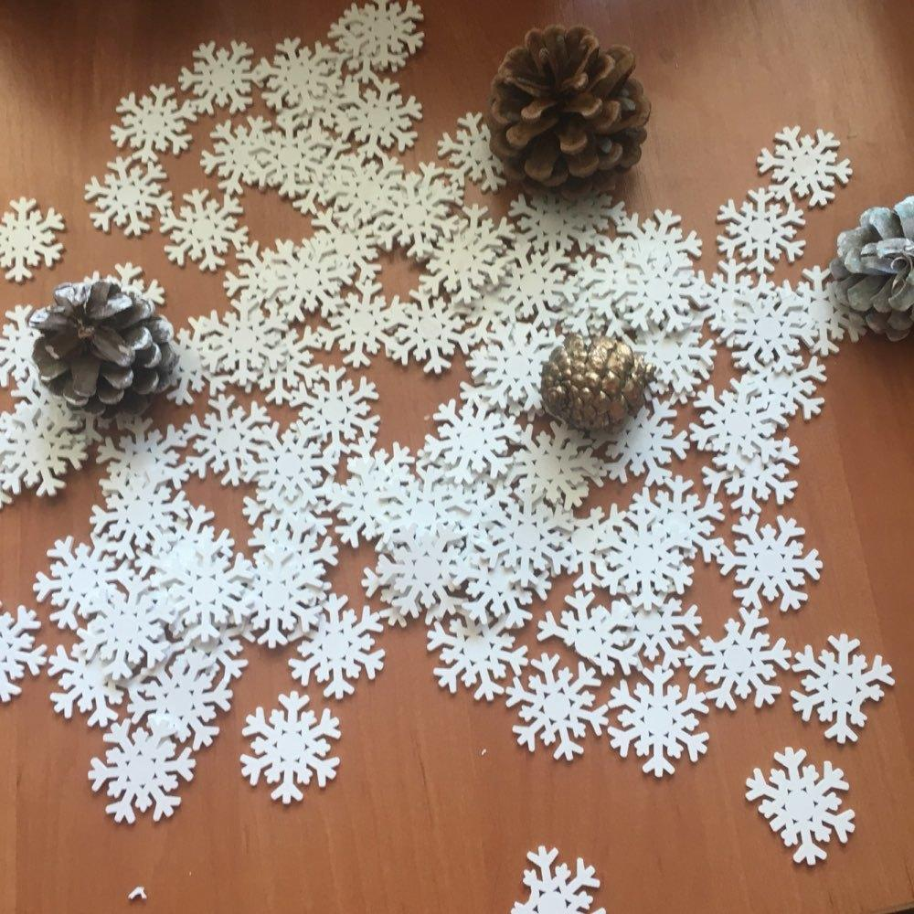 Hoomall Wooden Flatback Snowflake Embellishment Scrapbooking Hanging  Pendant Christmas Decorations For Home DIY 3.6x3.4cm D18110802 Images Of  Christmas ... 2b94f18f3732