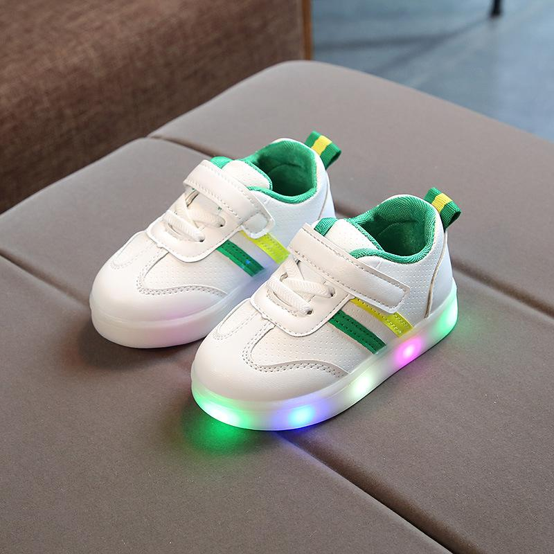 3faab21ff25cf9 2018 LED Lights Infant Sneakers 1 To 5 Years Old Baby Boys And Girls Casual  Shoes Glowing Flat Shoes Newborn Soft Bottom Toddler Little Boy Tennis Shoes  ...