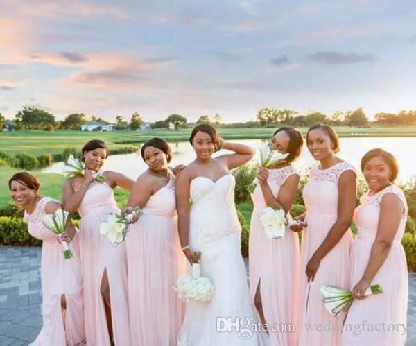 Rodna rosa långa billiga sommar brudtärna klänningar ärmlös spets chiffong a-line piga av ära klänningar med split