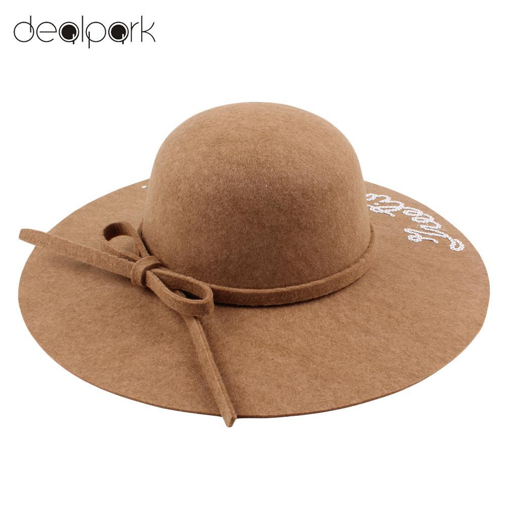 Women Wide Brim Fedora Hat Sequin Letter Cap Sun Hat Solid Sunbonnet Trilby  Beach Panama Hats For Women Chapeu Feminino Sun Hat Straw Hats From Wdrf edc13e046b91