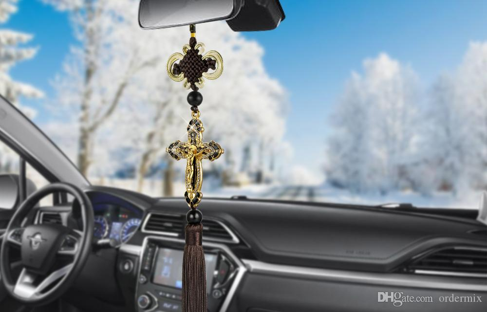 New Car Pendant Metal Diamond Cross Jesus Christian Religious Car Rearview Mirror Ornaments Hanging Auto Car Styling Accessories
